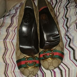 Gucci Pumps big GG LOGO